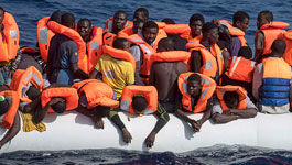Flüchtlinge in einem Schlauchboot