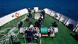 Sea-Watch 4 beim Auslaufen zur ersten Rettungsmission
