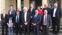 Teilnehmer/Innen beim Treffen des christlich-muslimischen Dialogs