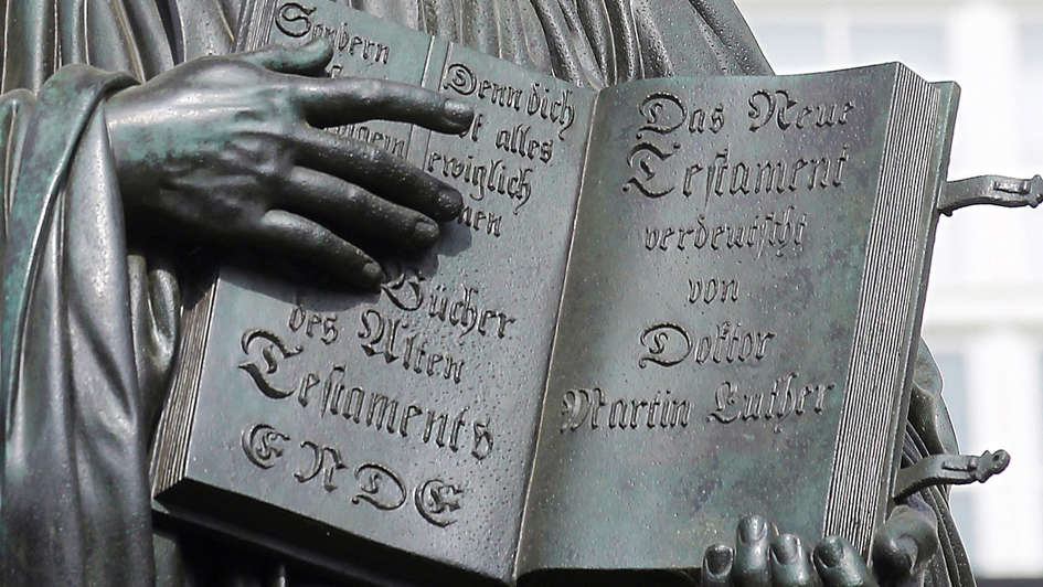 Luther-Denkmal Wittenberg, Detail