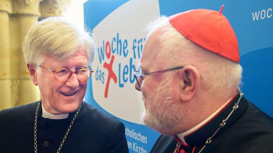 EKD-Ratsvorsitzender Heinrich Bedford-Strohm (links) und Kardinal Reinhard Marx
